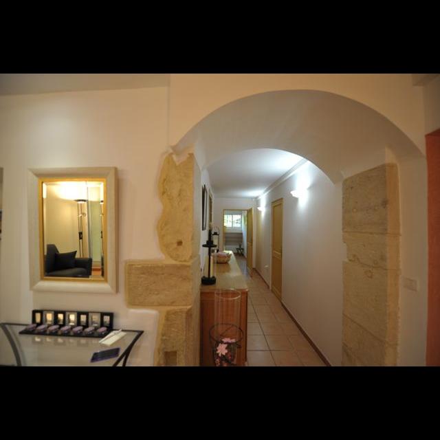 l 39 or e de la lironde location vacances montpellier cl vacances. Black Bedroom Furniture Sets. Home Design Ideas