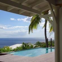 Villa d'architecture créole en bord de mer en Martinique
