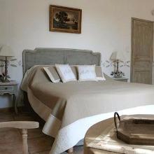 Chambre d'hôtes au milieu des vignes aux environs d'Avignon