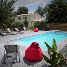 Location à proximité de l'ile de Ré avec piscine